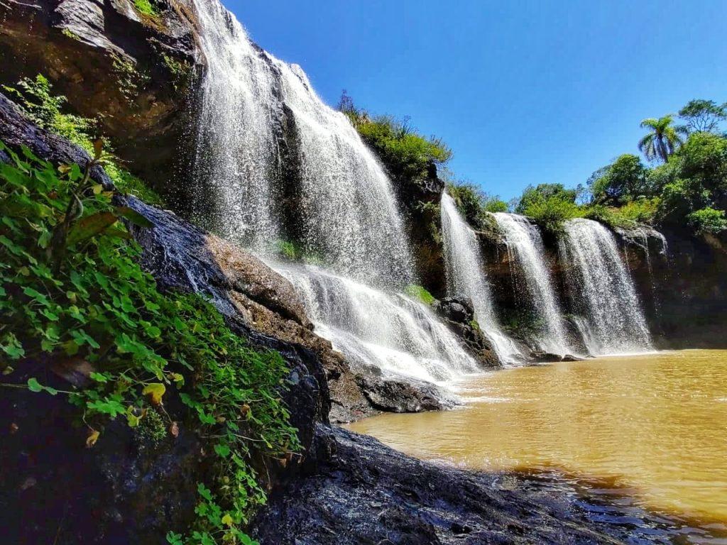 Cascata Rio São Marcos