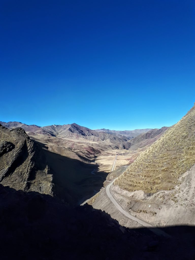 Montanha das Sete Cores as curvas da estrada